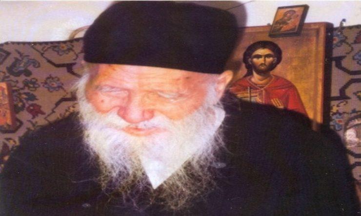 προσευχή ωφελούμε τον άλλον Άγιος Πορφύριος Τα παιδιά να ζητούν τη βοήθεια του Θεού