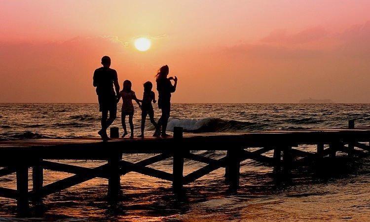 Οικογένεια Η αγάπη των γονέων για τα παιδιά