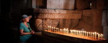 προσευχόμαστε στραμμένοι προς την ανατολή Μακάριοι κάνεις σωστά το σταυρό σου