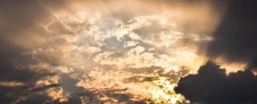 Πώς ενεργεί η αληθινή αγάπη Στον ουρανό ανεβαίνει η σκέψη μου Αγάπη στους εχθρούς