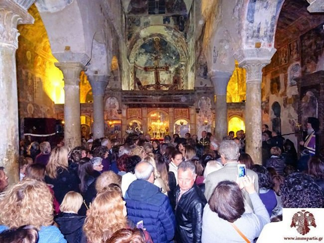 Πλήθος κόσμου στους Δ΄ Χαιρετισμούς στο Μυστρά