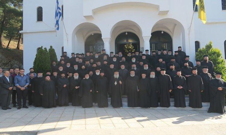 Ιερατική Σύναξη στην Ι.Μ. Φθιώτιδος