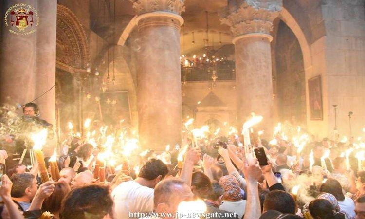 Η τελετή του Αγίου Φωτός στον Πανάγιο Τάφο