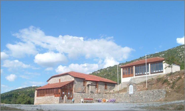 Θεία Λειτουργία στην Ι.Μ. Αγίου Νικολάου Κορομηλιάς