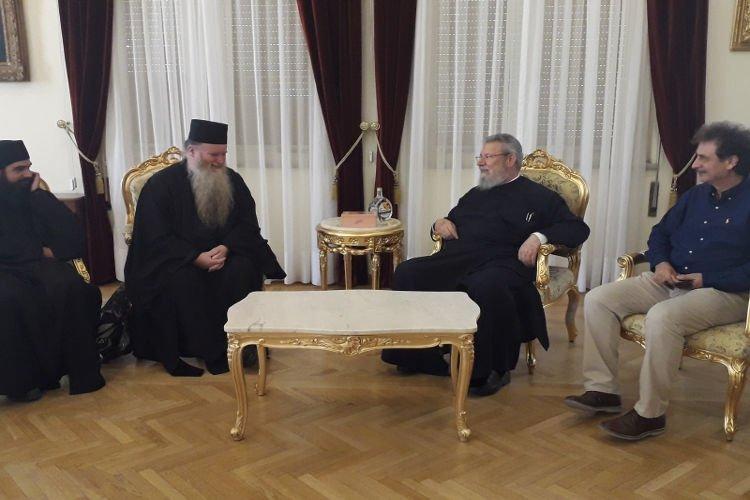 Ο Καθηγούμενος της Ι.Μ. Αγίας Σκέπης Αυστρίας στον Αρχιεπίσκοπο Κύπρου