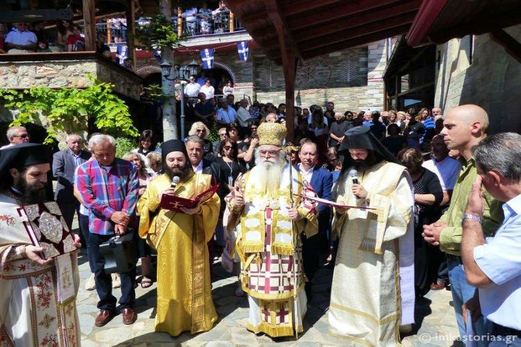 Λαμπρός εορτασμός Αγίων Αναργύρων στην Ι.Μ. Καστοριάς