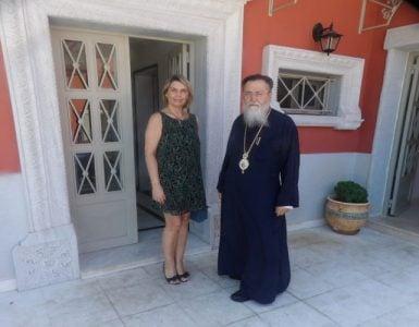 Επίσκεψη της Βουλευτού Παπακώστα στον Μητρ. Κορίνθου