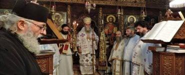 Θεία Λειτουργία στην Ι.Μ. Αγίας Αικατερίνης Άρτης