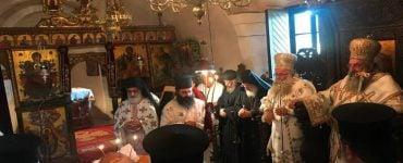 Αρχιερατικό Συλλείτουργο στην Ιερά Μονή Τοπλού Σητείας