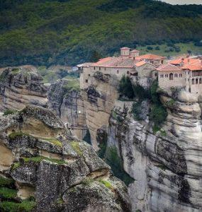 Μοναστήρια στα Μετέωρα Πληροφορίες και Ώρες επισκέψεως