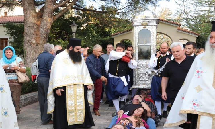 Πλήθος κόσμου στον Άγιο Γεράσιμο στην Κεφαλονιά
