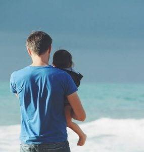 Να χαρίζεις τα μεγάλα στο παιδί σου, όχι τα μικρά