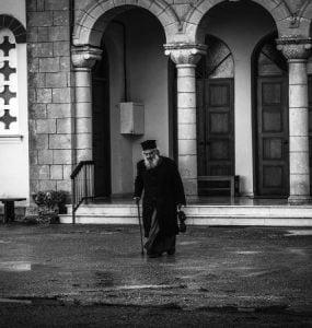 Προϋποθέσεις για να γίνει κάποιος ιερέας