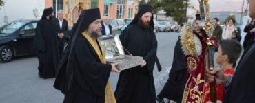Ο Άρραφος Χιτώνας του Κυρίου στην Κρήτη