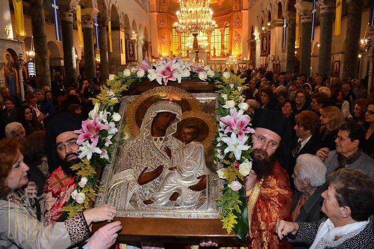 Αναχώρηση της Παναγίας του Όρους των Ελαιών από τη Θεσσαλονίκη (ΦΩΤΟ)