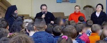 Διανομή Σχολικών ειδών και τροφίμων από την «Αποστολή» στη Μητρόπολη Ιωαννίνων