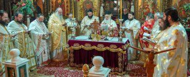Λειτουργία Αγίου Ιακώβου στη Μητρόπολη Βεροίας (ΦΩΤΟ)