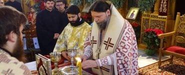 Θεία Λειτουργία Αγίου Ιακώβου του Αδελφοθέου στην Καλογραίζα (ΦΩΤΟ)