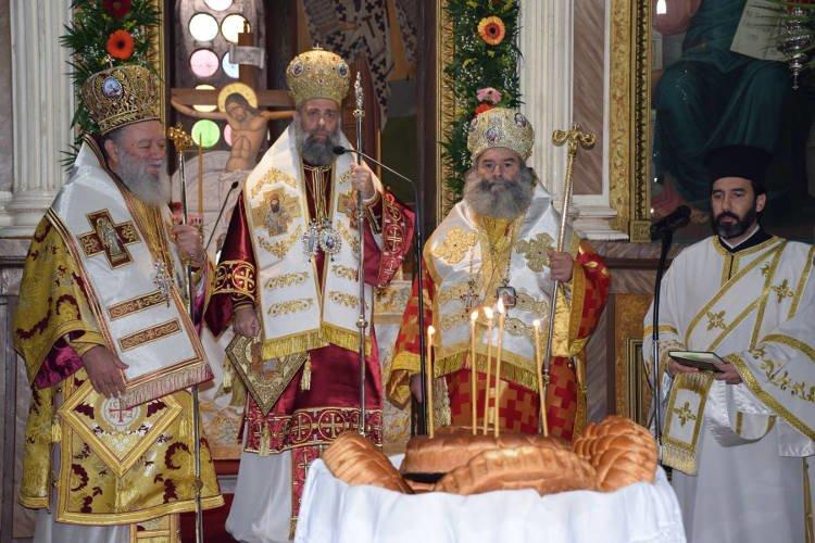 Η Μητρόπολη Θεσσαλιώτιδος τίμησε τον προστάτη της Άγιο Σεραφείμ (ΦΩΤΟ)