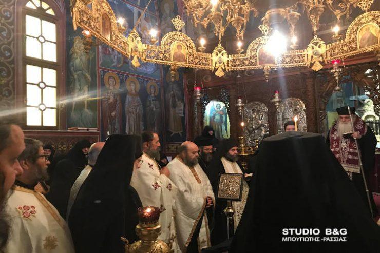 Εξόδιος Ακολουθία καθηγουμένης της Μονής Αγίου Δημητρίου Καρακαλά