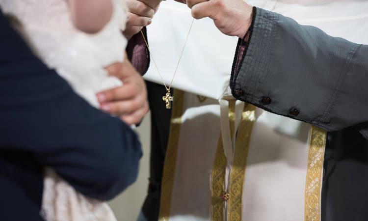 Βάπτισμα και Χρίσμα τα πρωταρχικά Μυστήρια