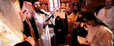 Κουρά Μοναχής από τον Αρχιεπίσκοπο
