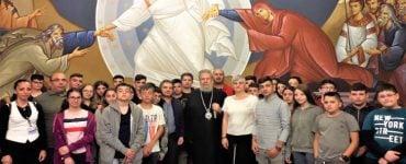 Νέοι και νέες από την Κρήτη στον Αρχιεπίσκοπο Κύπρου