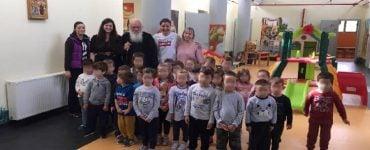 Ο Αρχιεπίσκοπος στον Παιδικό Σταθμό στο Δήλεσι