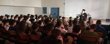 Επίσκεψη Μητροπολίτου Χαλκίδος σε Γυμνάσιο της πόλης