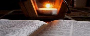 Παράκληση για τους μαθητές στη Λάρισα Θεία Λειτουργία για τους μαθητές στη Ναύπακτο