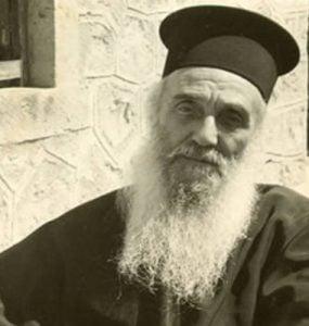 Άγιος Αμφιλόχιος Μακρής: Η ευχή είναι δωρεά του Θεού