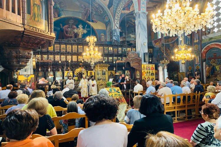 Θεία Λειτουργία στον Πεδουλά της Κύπρου