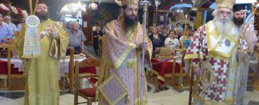 Λαμπρό συλλείτουργο στους Αγίους Πάντες Καστοριάς (ΦΩΤΟ)