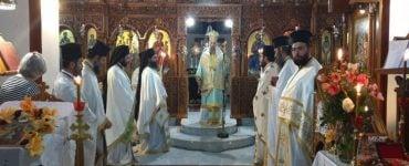 Αγρυπνία για Άξιον Εστίν και Αγίου Λουκά στη Μητρόπολη Θεσσαλιώτιδος (ΦΩΤΟ)