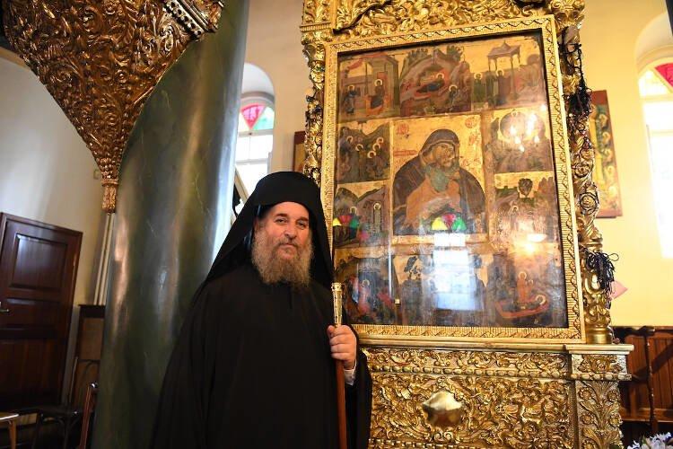 Ενθρόνιση νέου Ηγουμένου της Μονής Αγίας Τριάδος Χάλκης (ΦΩΤΟ)