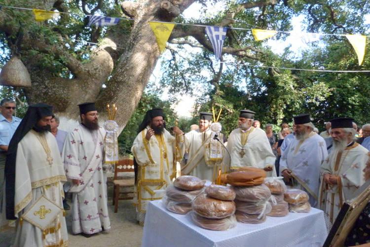 Η Εορτή της Αγίας Παρασκευής στη Μητρόπολη Πέτρας
