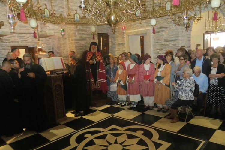 Πλήθος κόσμου κατέκλυσε τη Μονή Αγίας Μαρίνης Άνδρου