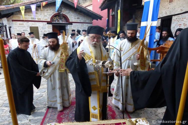 Μεταφορά της Παναγίας της Πορφύρας στην Μονή Μαυριωτίσσης (ΦΩΤΟ)
