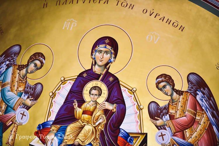 Αρχιερατική Θεία Λειτουργία στην Κοίμηση της Θεοτόκου Περιβολακίου (ΦΩΤΟ)