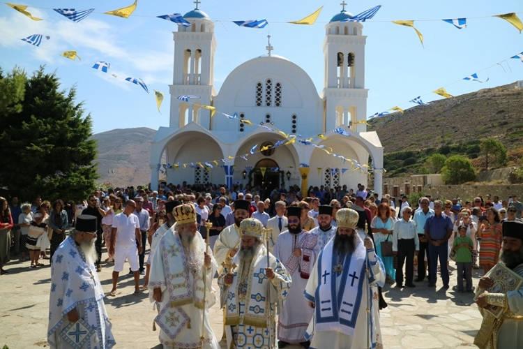 Λαμπρός εορτασμός του Αγίου Αρσενίου του εν Πάρω