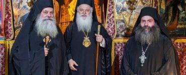 Παράκληση της Θεοτόκου και Κουρά Μοναχού στη Μονή Παναγίας Καλλίπετρας (ΦΩΤΟ)