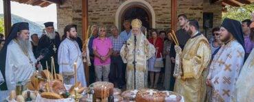 Θεία Λειτουργία ενώπιον της Τιμίας Κάρας του Οσίου Δαβίδ Ευβοίας στα Πιέρια Όρη (ΦΩΤΟ)