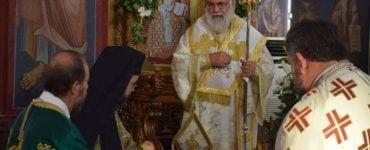 Κυριακή μετά την Ύψωση του Τιμίου Σταυρού στη Μητρόπολη Ιλίου