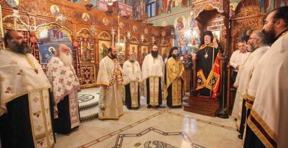 Αρχιερατικός Εσπερινός Αποστόλου Λουκά στην Κύπρο (ΦΩΤΟ)