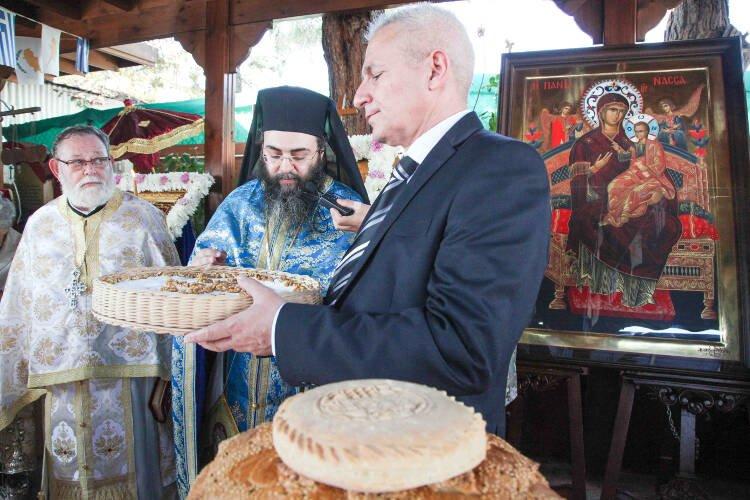 Κύπριοι Μοναχοί στο Άγιον Όρος εύχονται για την ελευθερία της Πατρίδας τους
