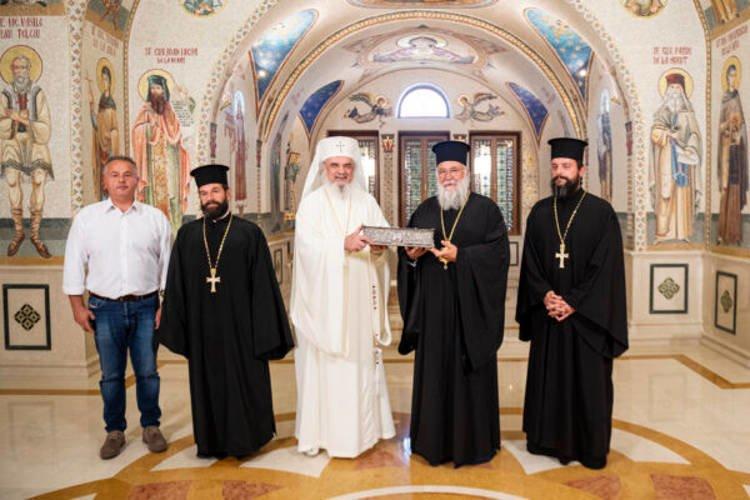 Ο Πατριάρχης Ρουμανίας προσκύνησε τον Άγιο Σπυρίδωνα