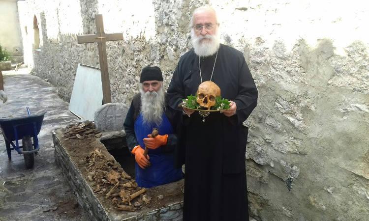 Εκταφή Ιερών Λειψάνων Μονή Παναγίας Καλαμούς Ξάνθης