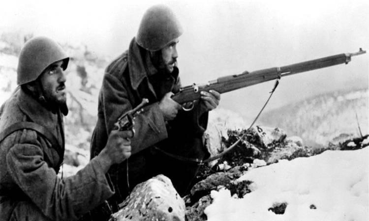 Οι ήρωες του 1940 βίωναν το «ΕΜΕΙΣ» του Μακρυγιάννη