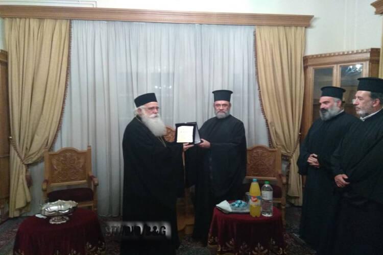 Επίτιμα μέλη του ΙΣΚΕ οι Μητροπολίτες Δημητριάδος και Ναυπάκτου (ΦΩΤΟ)