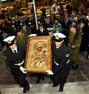 Ο Πειραιάς υποδέχτηκε την Παναγία Βηματάρισσα από την Μονή Βατοπαιδίου